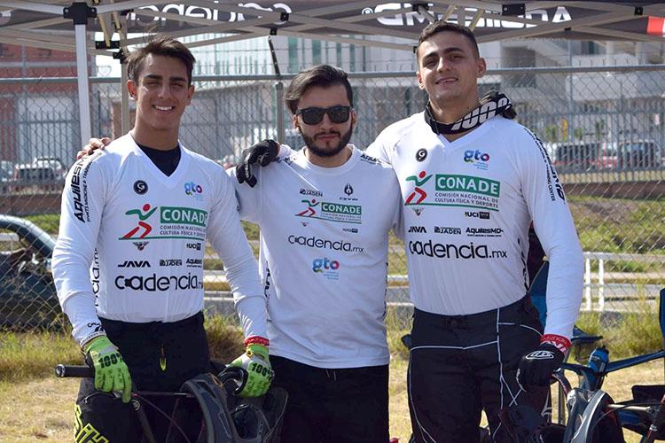 Diego Becerra será el  team manager del A.R. Pro Cycling Teams de México
