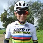 Leonardo Páez hace parte del vuelo de deportistas a Europa
