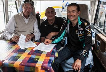 Páez extiende contrato con Bianchi en 2014
