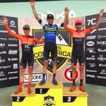 Leonardo Páez y Angela Parra ganan primera etapa de Trans Costa Rica
