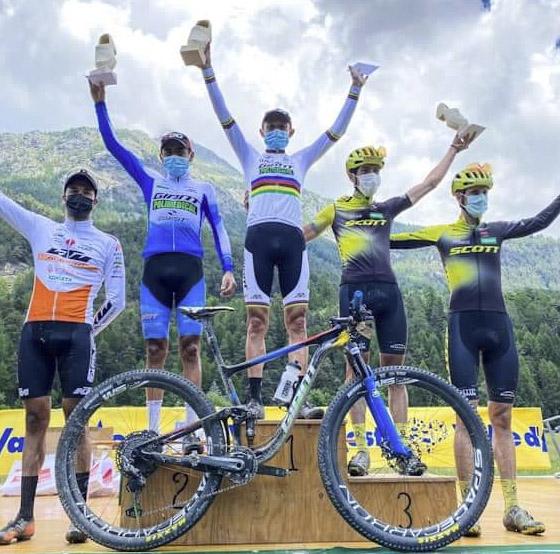 Colombianos lideraron la Monterosa Prestige
